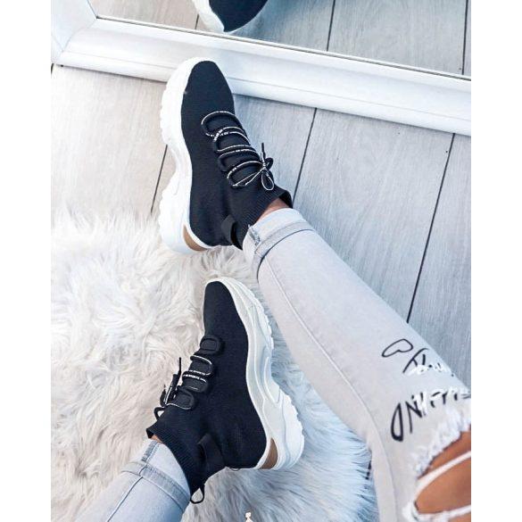 Fekete cipő