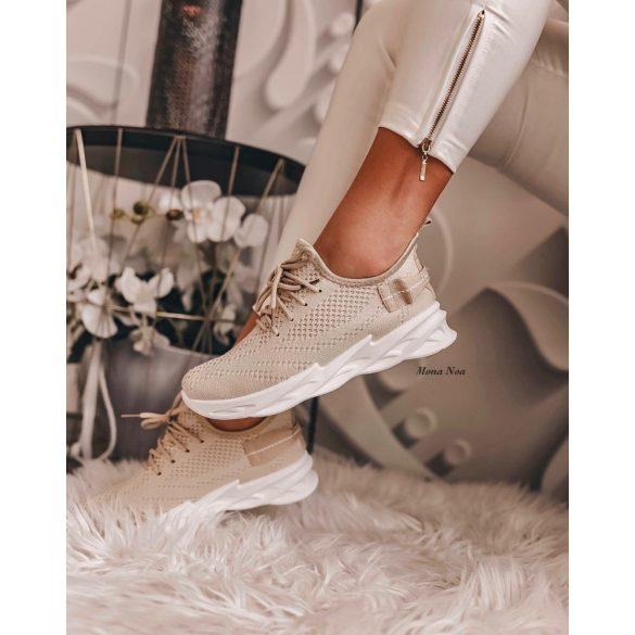 Bézs cipő